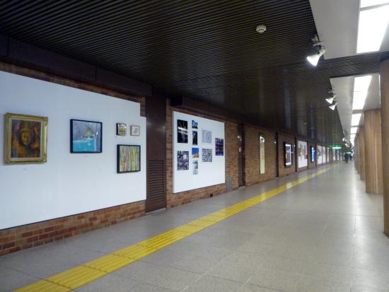 札幌にある日本最長の美術館は500メートルもある!