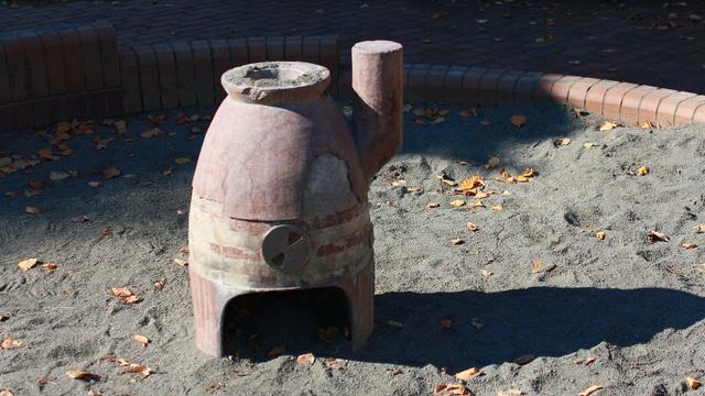 公園に石炭ストーブがいっぱい!札幌・白石「やなぎ公園」のなぜ