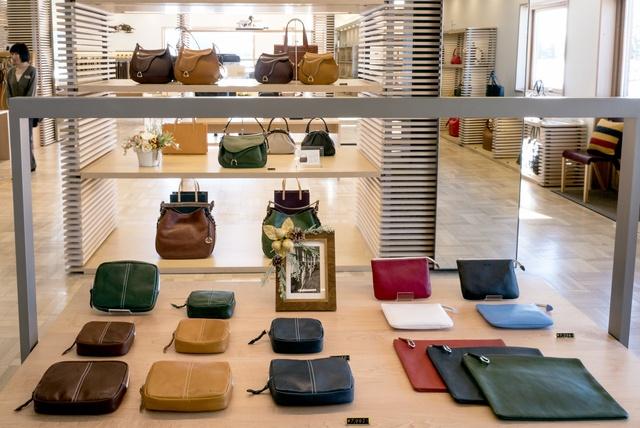 ソメスサドルでワンランク上の革製品を揃えて新生活に備えよう!