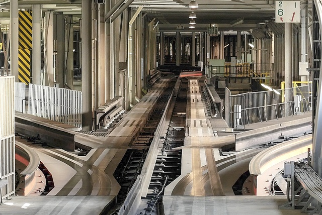 札幌市営地下鉄の車両はどのように進路変更するの?転てつ器の謎に迫る