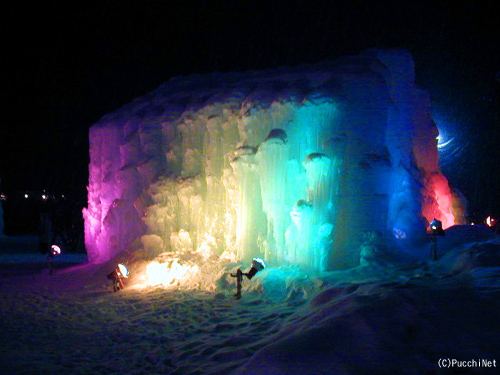 千歳支笏湖氷濤まつり・層雲峡氷瀑まつり