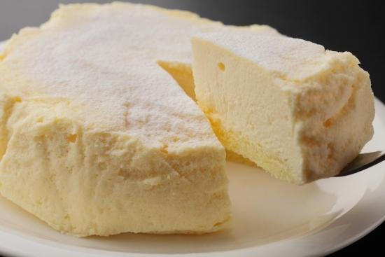 日本では珍しい「低温焼成製法」のチーズケーキ『生 ら'ふろまーじゅ』が人気!