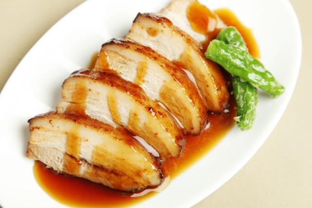 癖なく豚本来の旨み感じる!中標津産の貴重な豚肉「ミルキーポーク」