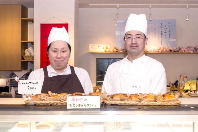 一日最大2000個も売れるアップルパイで有名!砂川の菓子店「ナカヤ」