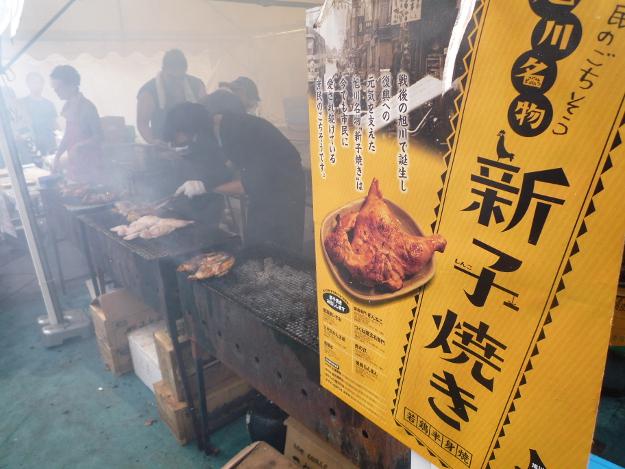 成米麺にうどんナポリタンに……賑わいを見せた「北の恵み 食べマルシェ」