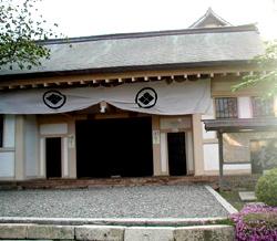 松前城入口(正門)