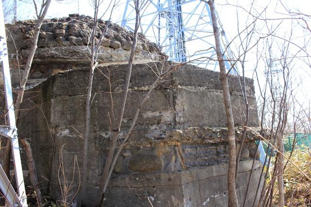 まだ残っていた!戦後70年の室蘭市に今も残る砲台跡と観測所跡
