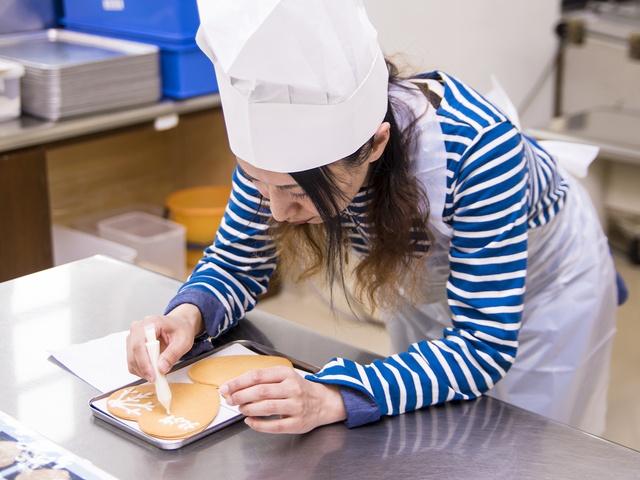 自分だけの「白い恋人」を作ろう!「白い恋人パーク」でお菓子作り体験