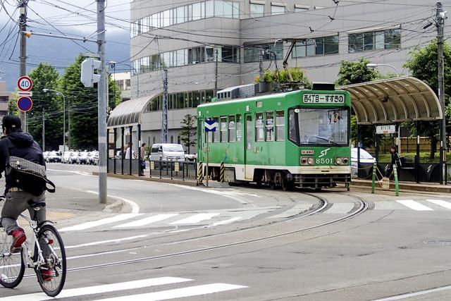 鉄道ファンじゃなくても見ていて楽しい!札幌の路面電車の事業所見学