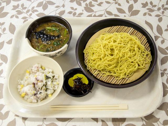 一般人もリーズナブルに!北海道銀行の社員食堂「道銀ビルらいらっく」