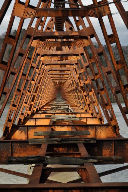 貴重すぎる鉄道遺産「三弦橋」―夕張シューパロダム完成で間もなく水没へ