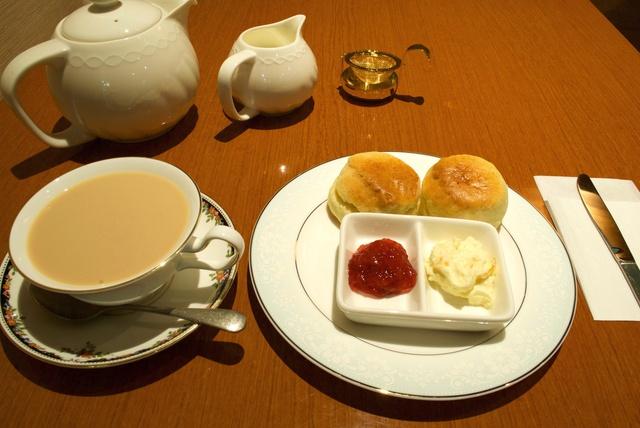 41種の新鮮な紅茶がズラリ勢ぞろい!狸小路の「紅茶専門店ディコヤ」