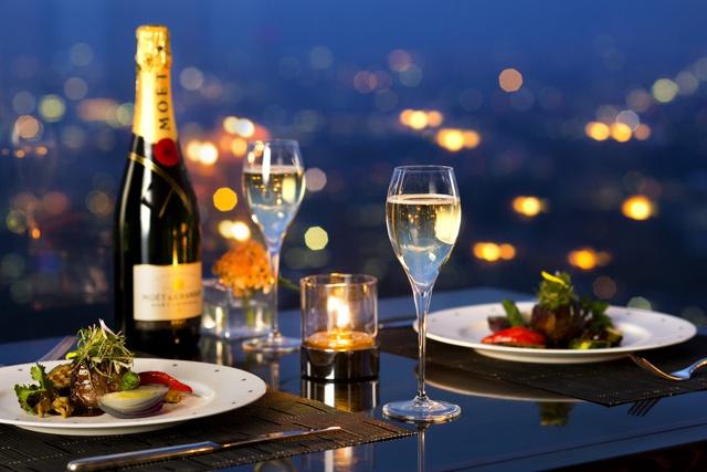 展望レストランで夜景ディナーはいかが?札幌3ホテルが初の合同企画