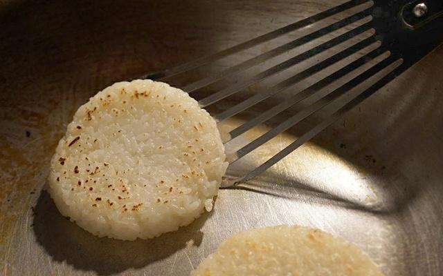 北海道米を使ったライスバーガーのお店「Temp」が札幌月寒にオープン
