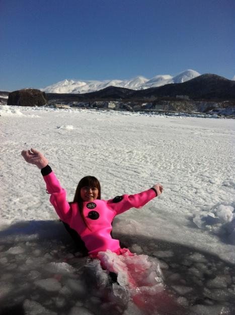冬の知床で流氷ウォークとオオワシ・オジロワシウォッチングを体験!