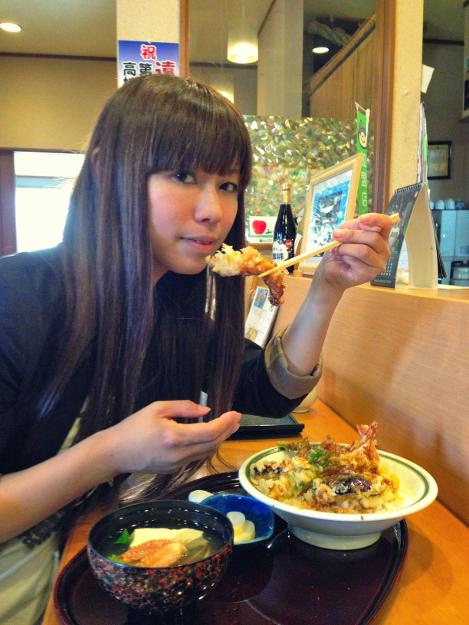 「こいけ鮨し」で寿司を味わい「ふるさと館JRY」で湧別の歴史を学ぶ