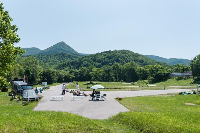 レトロ空間で本格的なカートを楽しむ!北見富士カートサーキット