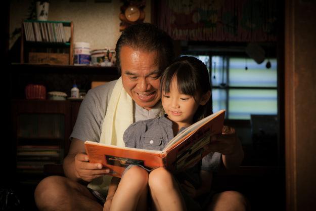 絵本の里・剣淵町が舞台!絵本がつなぐ親子の心の絆を描く映画「じんじん」