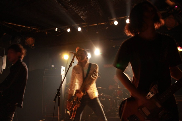 刺激を求めて札幌を活動拠点に―ロックバンド「THE SERIOUS JOKES」