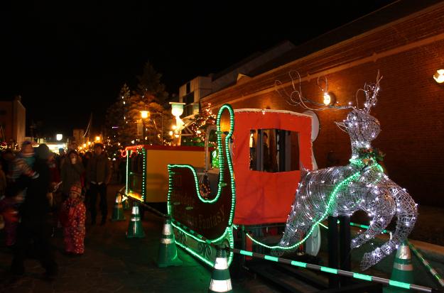 2013はこだてクリスマスファンタジー開幕―冷えた体はスープバーで温めよう!