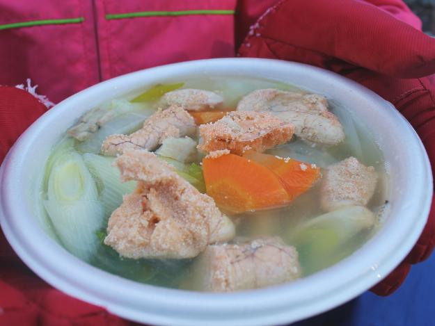 タラコ入り三平汁と足湯でポカポカに!『しかべのスケソだよ!フェスタ』開催