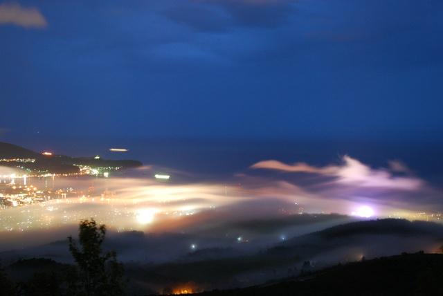 雲海あらわるマチ小樽―天狗山や毛無山から幻想的な雲海を観よう!