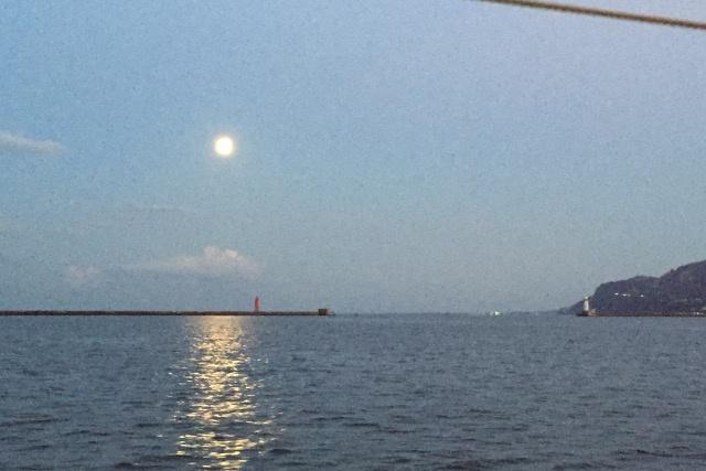北海道に一艘しか存在しない小樽の屋形船「かいよう」で楽しむ十五夜