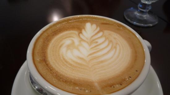あいの里のおしゃれカフェ「カフェ フィオーレ」