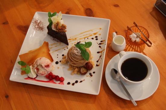 デザート カフェ ハチ