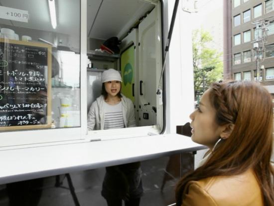 北海道産ヘルシーメニューを提供「フードトラックMEBOUK」