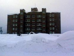 世界初の雪冷房マンションウェストパレス