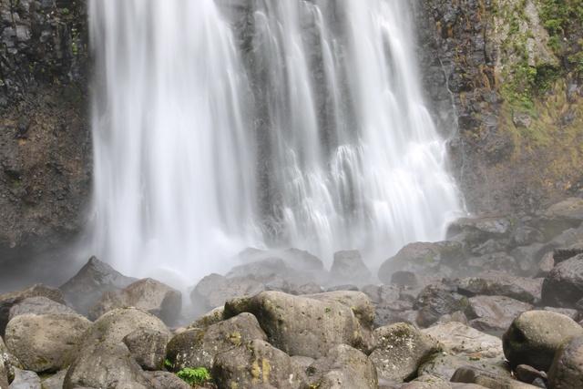 日本の滝百選!島牧村「賀老の滝」と「ドラゴンウォーター」を求めて