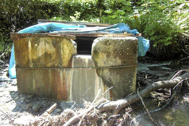 地元に憩いの場を!有志で実現した栗沢万字の温泉スタンド「ポンネ湯」