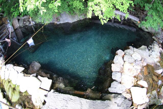 この冬は老舗温泉宿でゆっくりと。 100年の歴史を持つ丸駒温泉旅館