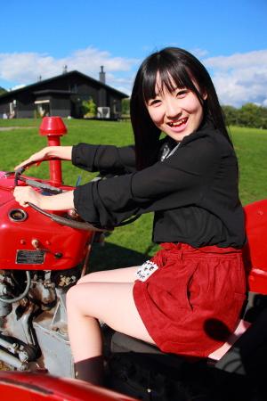 「ニセコミルク工房」で絶品アイスクリームを食べて牧草ロールで遊ぼう!