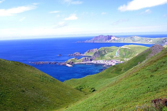 礼文島に沖縄があるのか?! 南国のビーチのように美しい「澄海岬」
