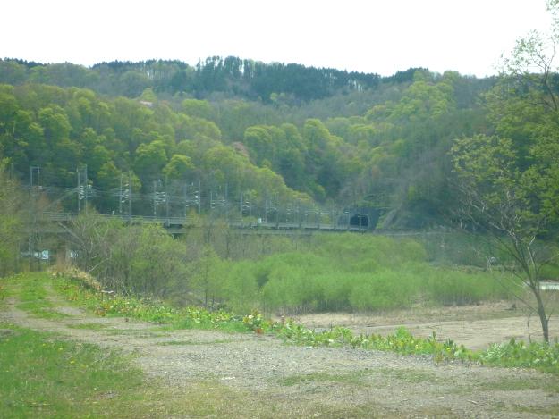 トンネル出口から出てくる列車を見てみよう!「青函トンネル撮影台」