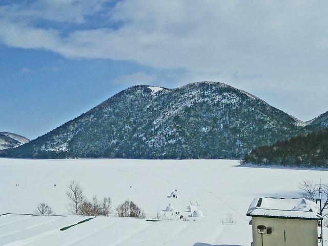 年に一度しか上陸できない幻のパワースポット 然別湖「弁天島」に上陸!