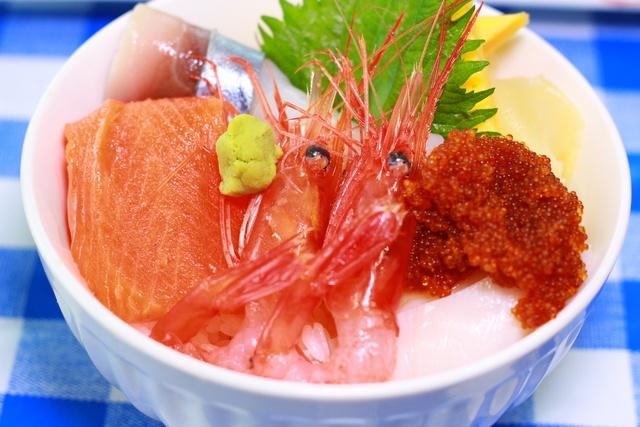 ウイスキー風呂+海産物+ドライフルーツで「余市川温泉」を楽しもう!