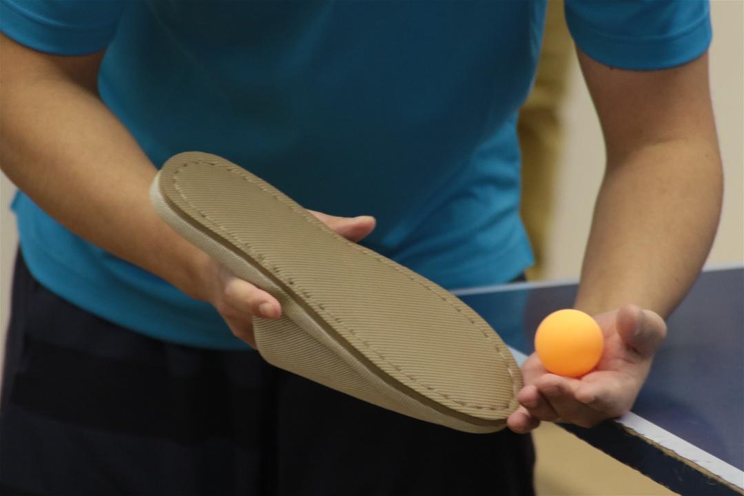 ラケットの代わりにスリッパを手に卓球?真狩村「スリッパ卓球」とは