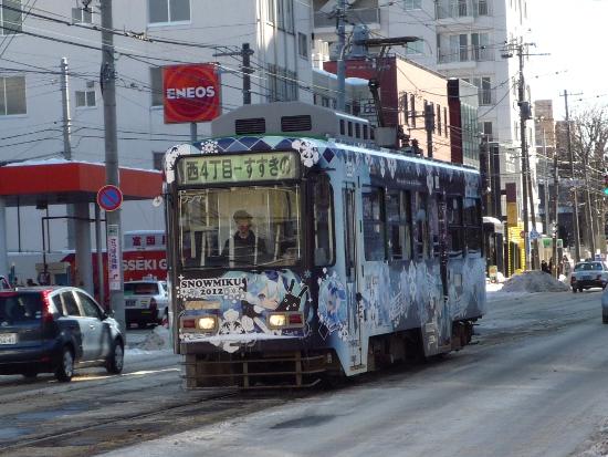 今年も「雪ミク」が札幌をジャック!JR・市電・コンビニまで