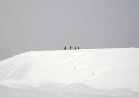 大雪像は今年も登って遊べるトランスフォーマー!! 第54回旭川冬まつり開幕