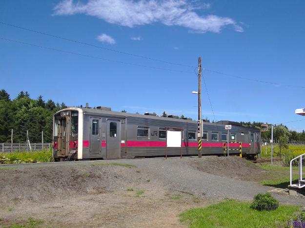 レールを走った駅舎「尾幌(おぼろ)駅」―釧路の無人駅センチメンタリズム(2)