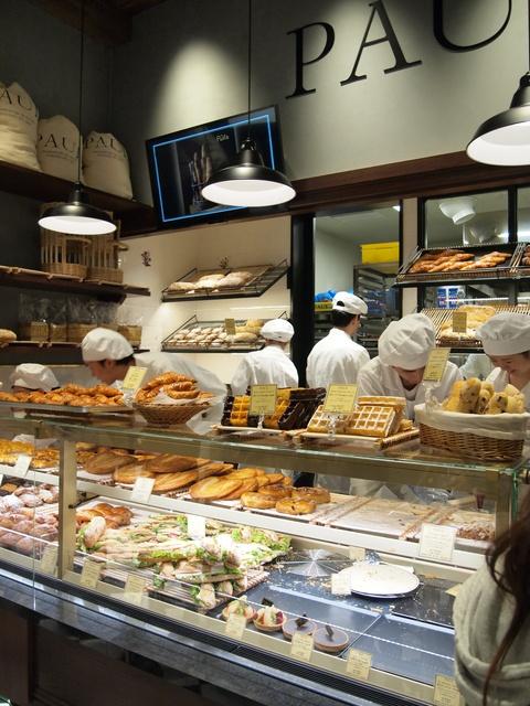 パン屋の概念を覆す?!フランス発祥のパン屋「PAUL」待望の北海道上陸!