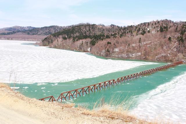 沈む鉄道遺産「三弦橋」を見るなら今!! 新ダム試験湛水で水位上昇中