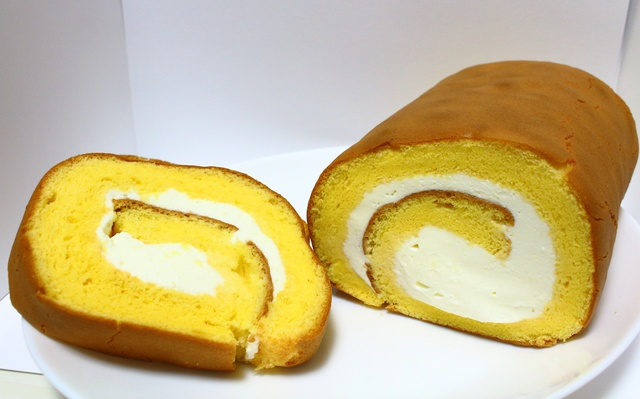 登別でジワジワ人気!「かめや」のふんわりロールケーキ「のぼ~る」