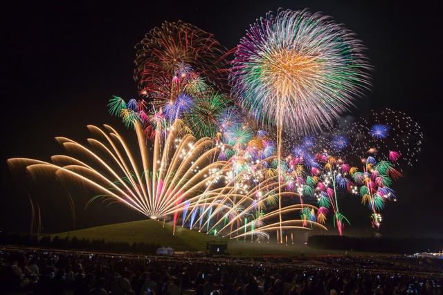 世界を意識した花火大会へ―5回目の「モエレ沼芸術花火」