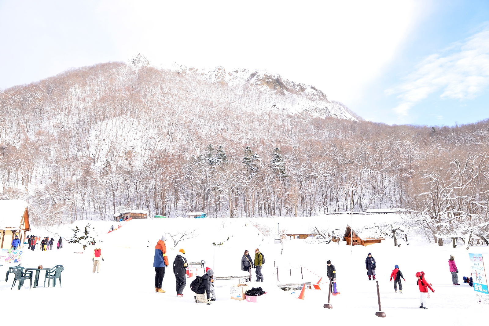 札幌・八剣山で雪遊びと極寒食を満喫! 「雪三舞(ゆきざんまい)2017」開幕