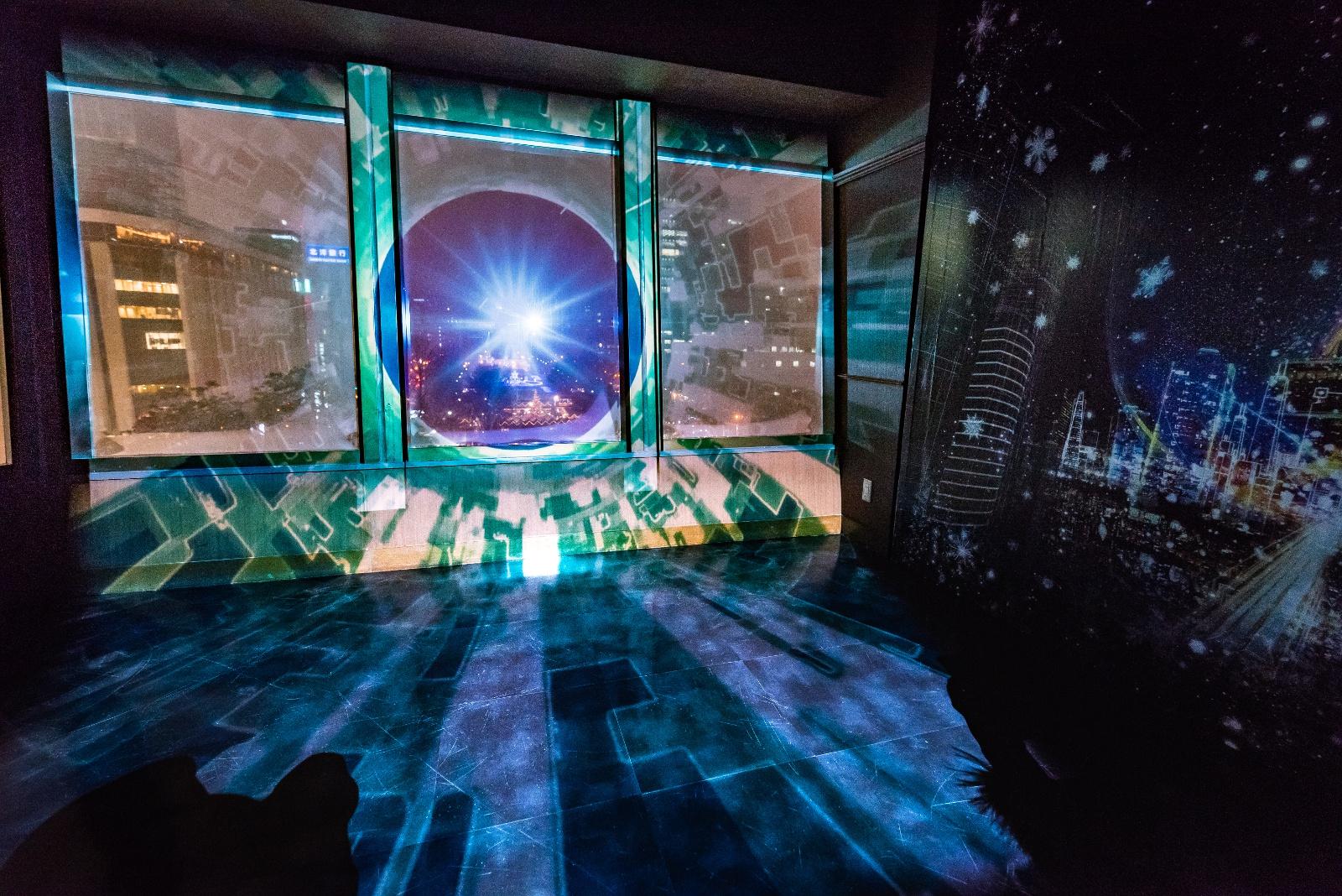 札幌の夜景に映像が重なる!さっぽろテレビ塔3階で光のショー開催中