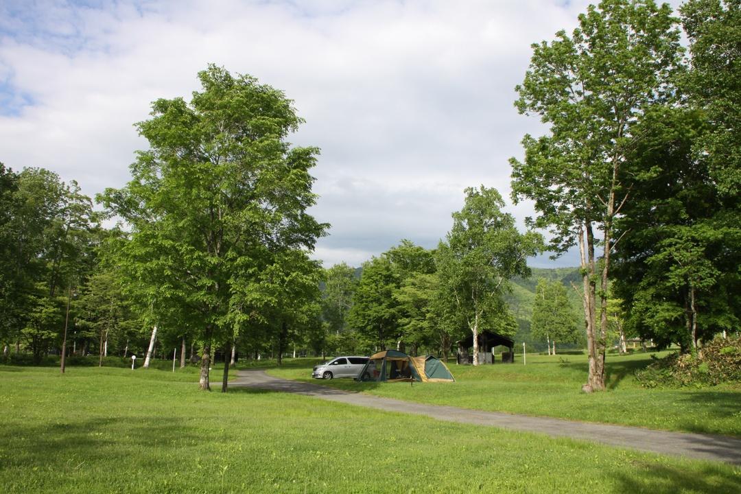 キャンプの達人が環境とロケーション重視で選ぶ 北海道のキャンプ場5選